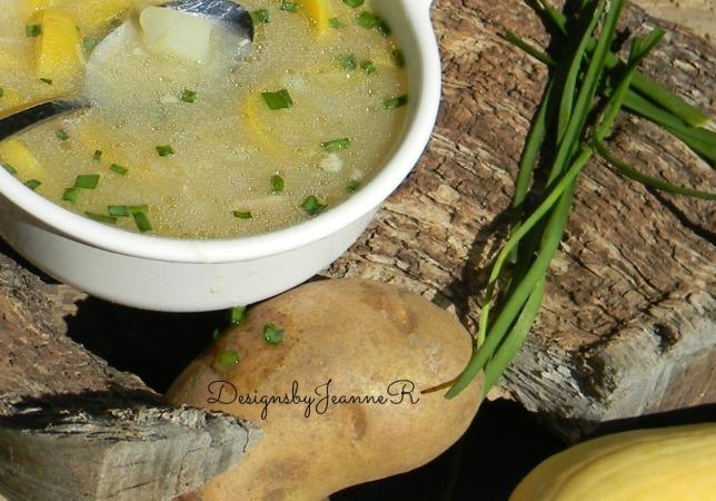 Crooked Neck Squash & Tator Soup